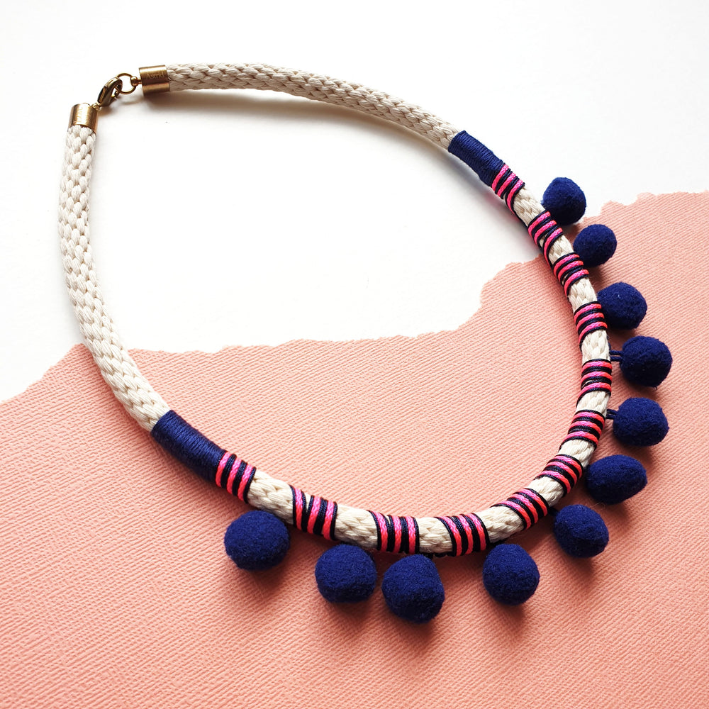 NAVY POMMIE NECKLACE