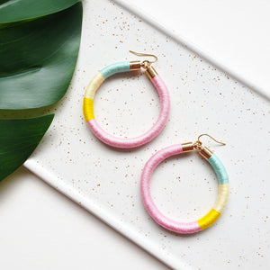 Load image into Gallery viewer, SPINDERELLA HOOP EARRINGS - SMALL