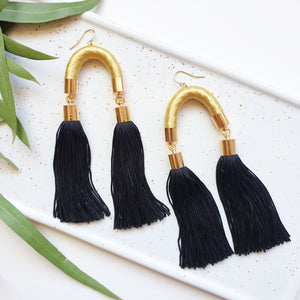 Load image into Gallery viewer, MS. HILL GOLD & BLACK TASSEL EARRINGS