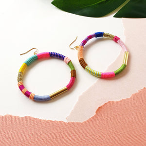 Load image into Gallery viewer, JOY Hoop Earrings