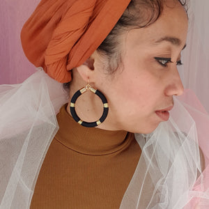 AMIRA HOOP EARRINGS