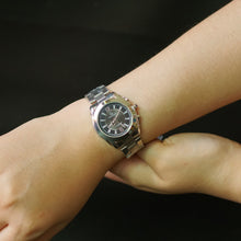 Muat gambar ke penampil Galeri, Christyan Arden Luxury Collection CA4161 Black Dial (wanita)