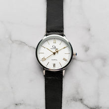 Muat gambar ke penampil Galeri, New Christyan Arden CLEO CA3206 - Around The World Edition - White Dial - Black Full Grain Strap (Wanita)