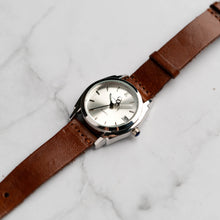 Muat gambar ke penampil Galeri, New Christyan Arden ICARUS CA-001 - Around The World Edition - Silver Sunburst Dial - Brown Full Grain Strap (Wanita)