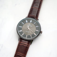 Muat gambar ke penampil Galeri, Christyan Arden Full Grain Leather CA0022 Brown - Black Dial (Wanita)