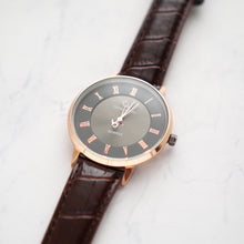 Load image into Gallery viewer, Christyan Arden Full Grain Leather CA0012 Brown - Black Dial (Pria)