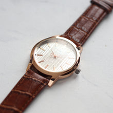 Load image into Gallery viewer, Christyan Arden Full Grain Leather CA8063 Brown - White Dial (Pria)