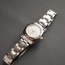 Muat gambar ke penampil Galeri, Christyan Arden Luxury Collection CA-001 White Dial (Wanita)