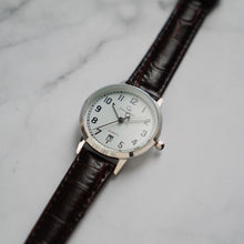 Load image into Gallery viewer, Christyan Arden BELEN CA3106 - Around The World Edition - White Dial - Brown Strap (Wanita)