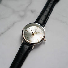 Muat gambar ke penampil Galeri, Christyan Arden THEO CA3205 - Around The World Edition - Silver Sunburst Dial - Black Full Grain Strap (Wanita)