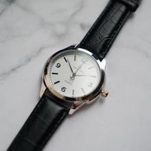 Muat gambar ke penampil Galeri, Christyan Arden AVA CA3215 - Around The World Edition - White Dial - Black Full Grain Strap (Pria)