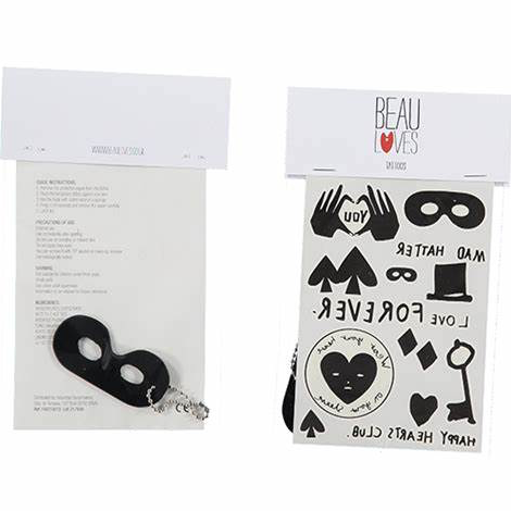 Tattoo & Keyring Set - WORLD OF MONOKROME