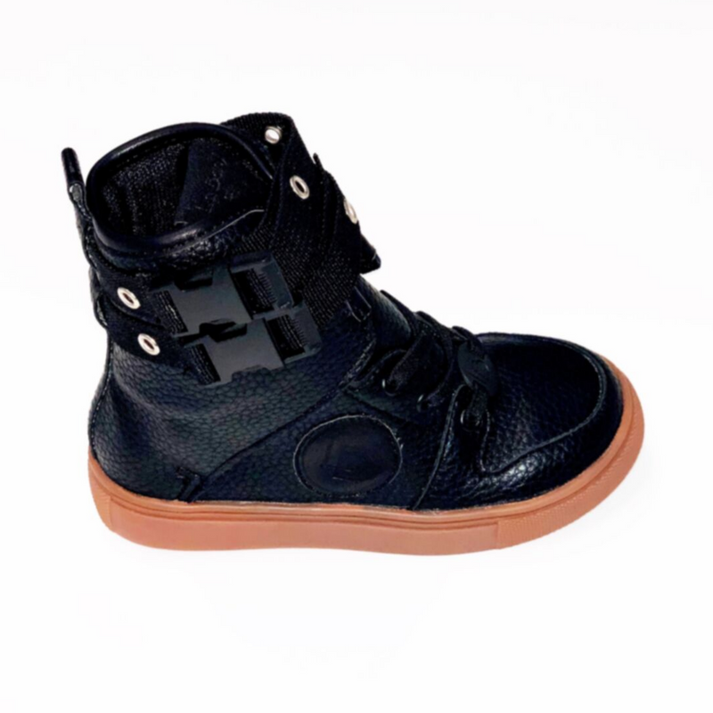 LIMITED EDITION Renegade Sneakers Black - WORLD OF MONOKROME