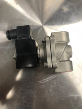 "Load image into Gallery viewer, 3/4"" Stainless Steel Solenoid Valve, 120VAC"