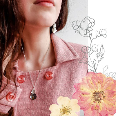 Pressed flower floral jewellery - Flower necklace