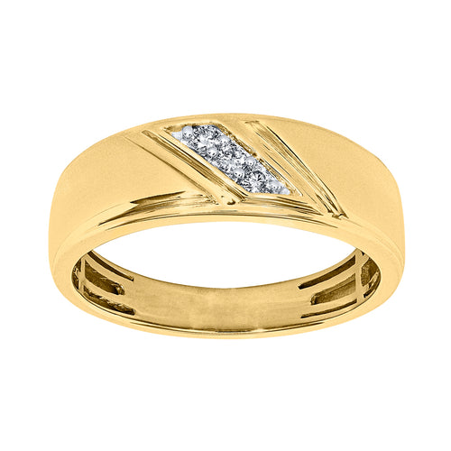 Gents Three-Stone Diamond Band in 10K Yellow Gold (0.10ct tw)