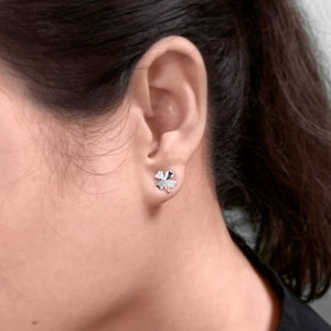 Four Leaf Clover Stud Earrings With Diamonds In 10K White Gold (0.08 ct tw)