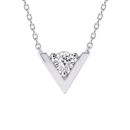 10K V Shape Diamond Pendant (0.03 ct tw)