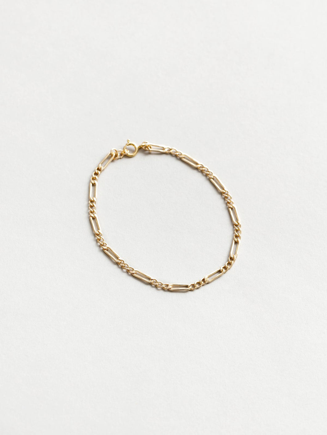 Mila Anklet in Gold