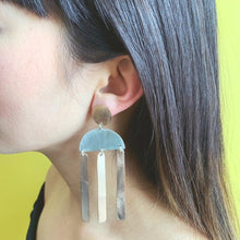 Load image into Gallery viewer, Sara Earrings