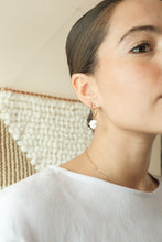 Load image into Gallery viewer, Minnesota Made Pearl Earrings