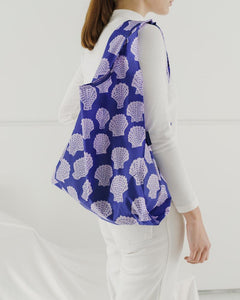 Reusable Tote in Scallop Shell