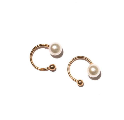 Kyrie Pearl and Gold Single Earcuff