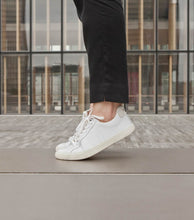 Load image into Gallery viewer, Veja Esplar Trainer in White Leather