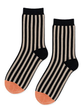 Load image into Gallery viewer, Dipped Toe Crew Socks in Caramel