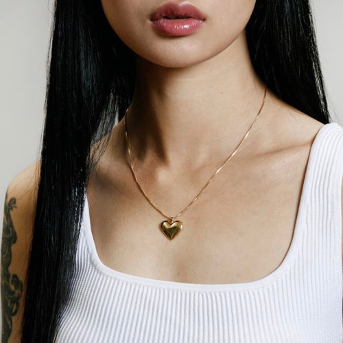 Amourette Heart Necklace in Gold