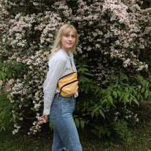 Load image into Gallery viewer, Baggu Yellow Fanny Pack