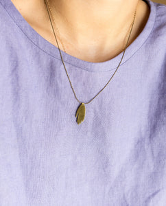 Hold Necklace