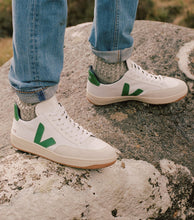 Load image into Gallery viewer, Sporty Veja Sneakers