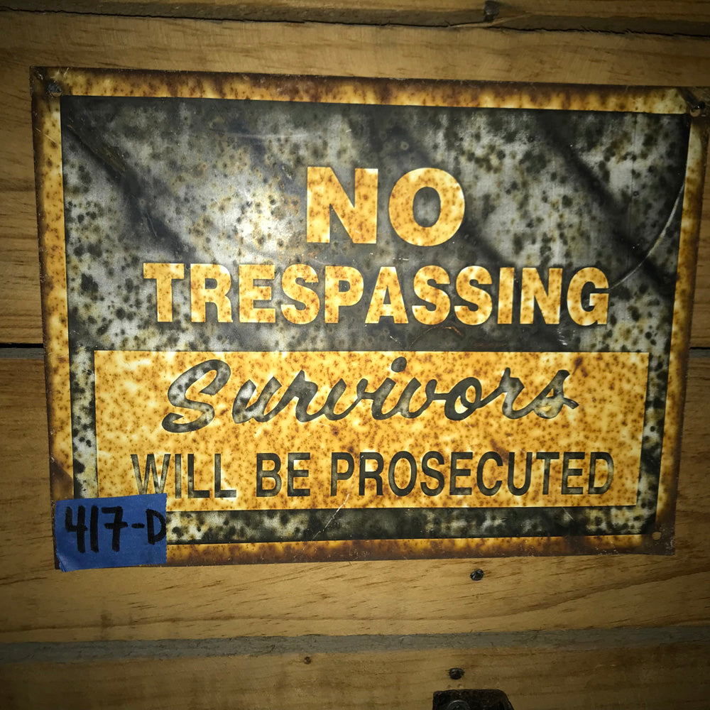 No Trespassing Vintage Sign