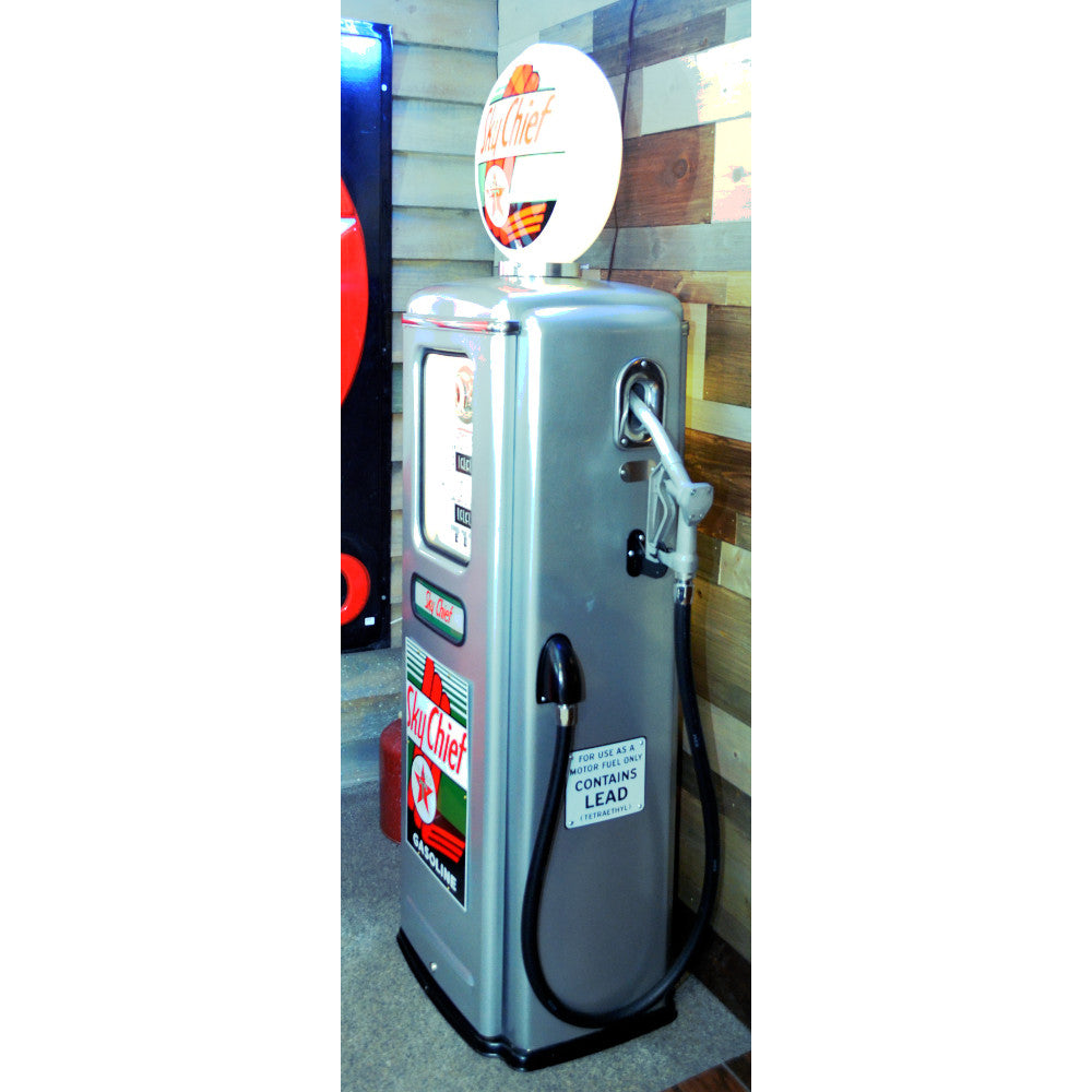 Texaco Sky Chief Silver Gas Pump 01