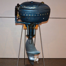 Load image into Gallery viewer, Chris Craft Challenger Used Outboard Motor 04