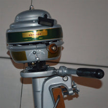 Load image into Gallery viewer, Evinrude 4416 Sportsman Used Outboard Motor 11