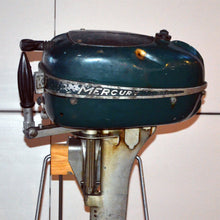 Load image into Gallery viewer, Mercury Kiekhaufer Comet Used Outboard Motor 04