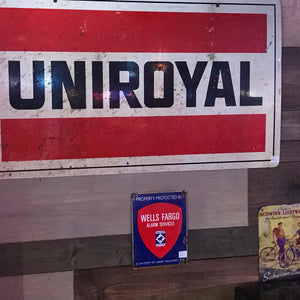 Uniroyal Vintage Sign 02