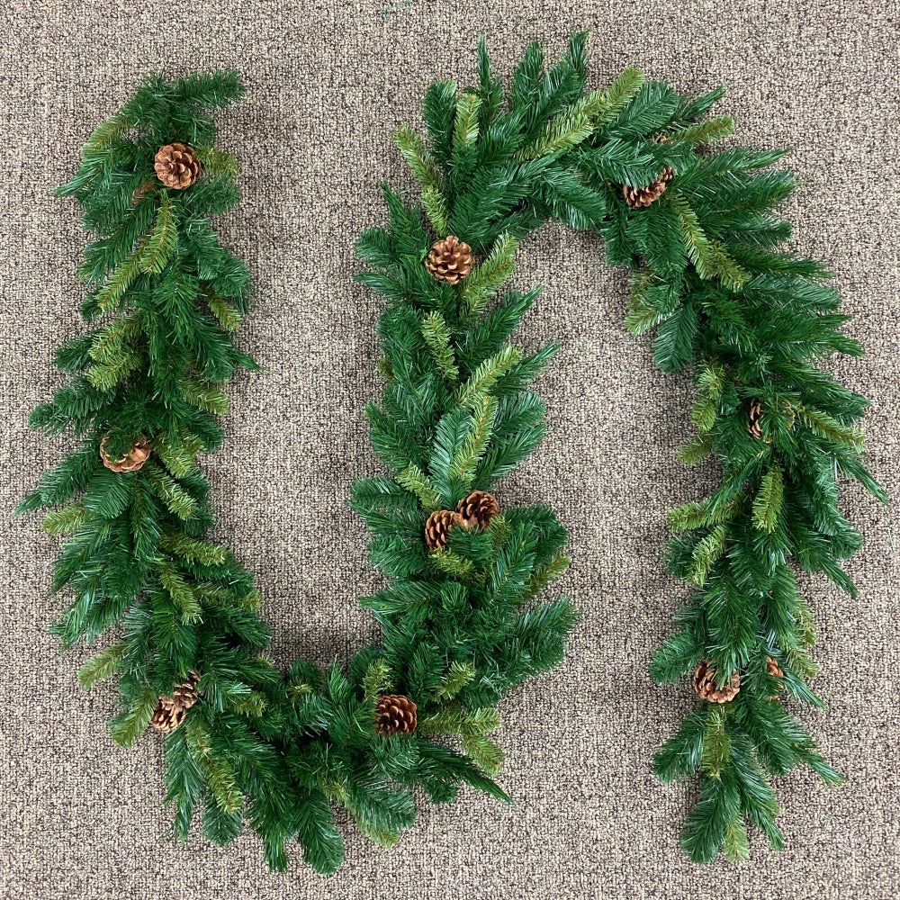 Mixed Pine Garland (9' x 10')