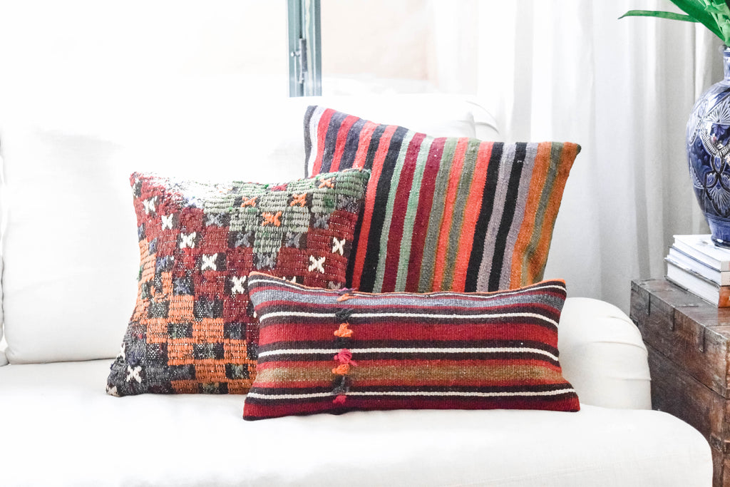 BOTSWANA KILIM PILLOW COLLECTION
