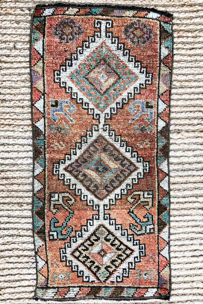 Mesa Vintage Turkish/ Antolian Oushak Carpet