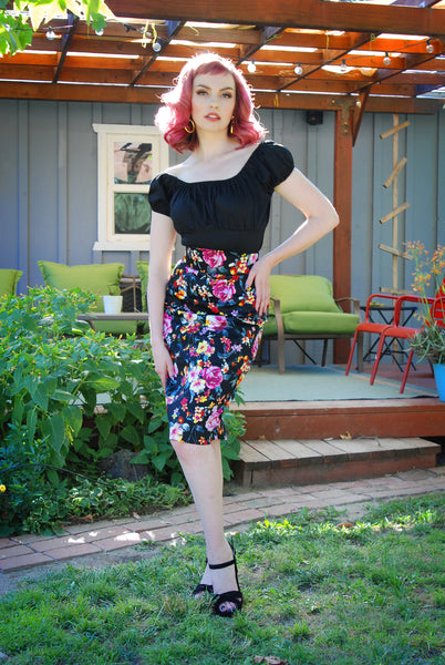 Pinup Couture Gathered Peasant Top in Black Stretch Cotton Sateen