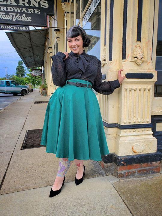 Doris Vintage Swing Skirt with Pockets in Emerald Green  |  Pinup Couture