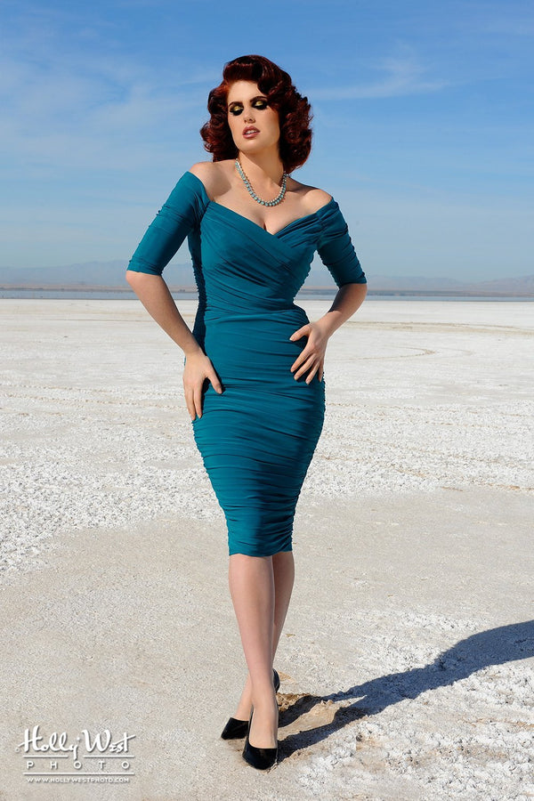 Laura Byrnes California Monica Wiggle Dress in Teal