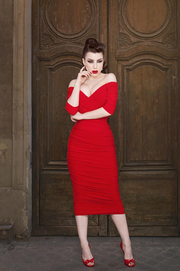 Laura Byrnes California Monica Wiggle Dress in Red