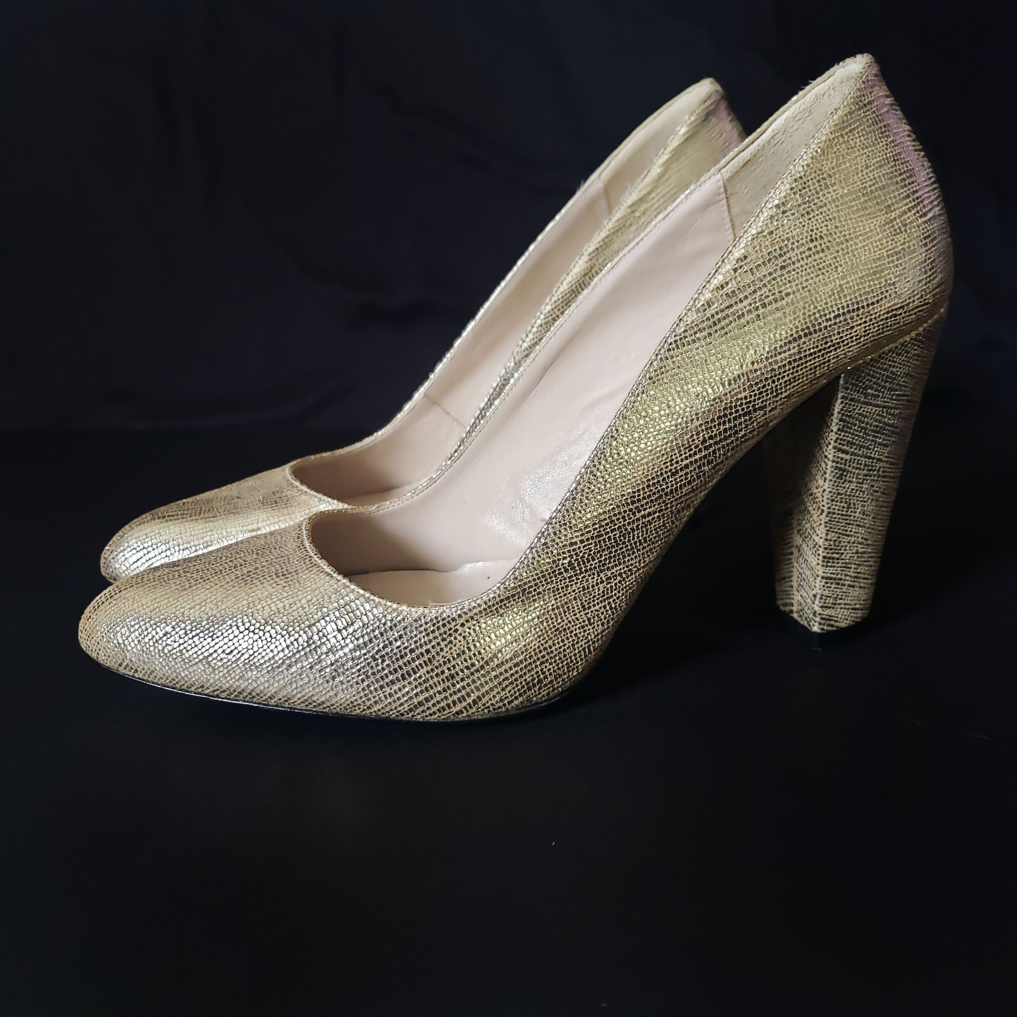 Reiss Gold Chunky Heel Pumps Size 8 39