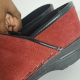 Dansko Clogs Professional Shoes Red Suede Size 38 7.5 8