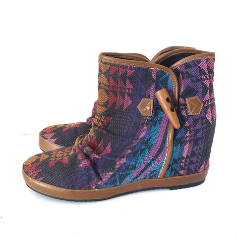 ALDO Ankle Boots Aztec Canvas Tapestry Leather Trim Pull On Hidden Wedge Size 9