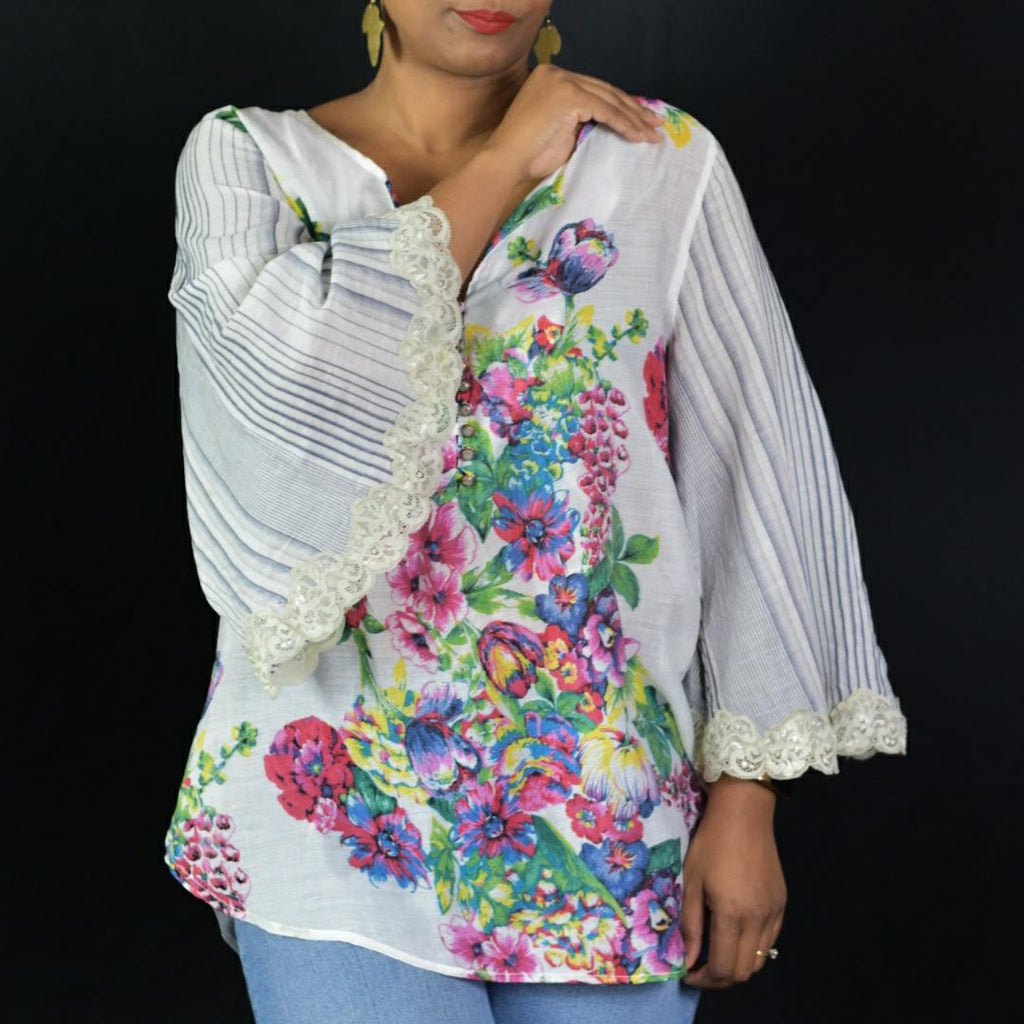 Aratta Floral Bell Sleeve Top Size Medium